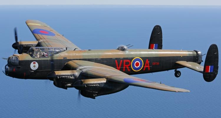 Avro_Lancaster_405